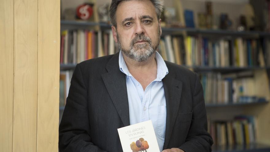 """Nacho González y el Instituto Número 1, premios de lectura """"María Elvira Muñiz"""""""