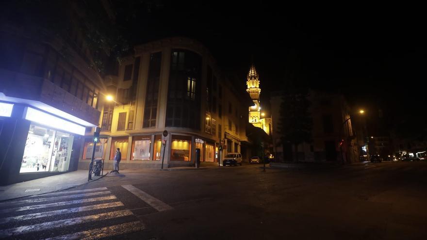 El confinamiento empieza en Manacor con silencio y calles desiertas