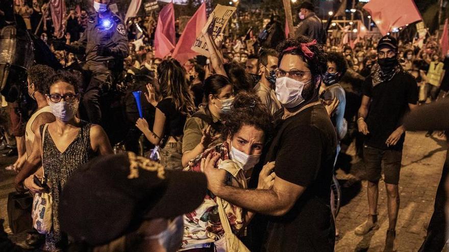 Miles de personas vuelven a tomar las calles contra Netanyahu en Israel
