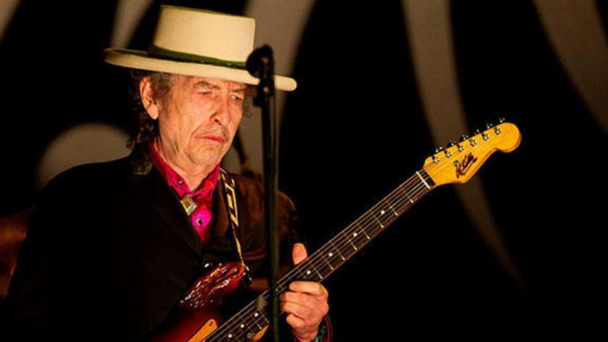 Bob Dylan cumple 79 años en la cresta de la ola