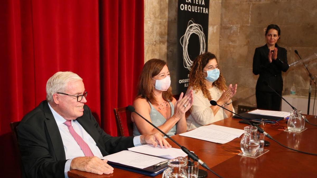 Armengol, Costa y Kuhne, en la rueda de prensa