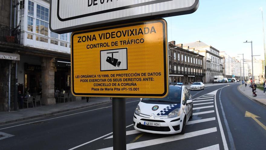 La pandemia hace caer el volumen de multas en A Coruña
