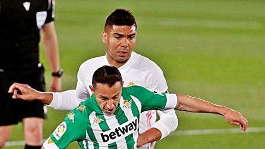 El Madrid es deixa dos punts contra el Betis en la lluita per la Lliga