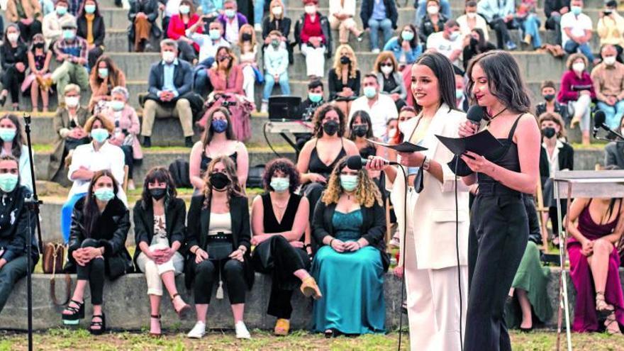 La fortaleza de Goián acoge la graduación de cincuenta alumnos del IES de Tomiño