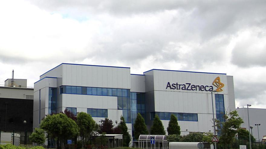 Astrazeneca revisará la eficacia de su vacuna