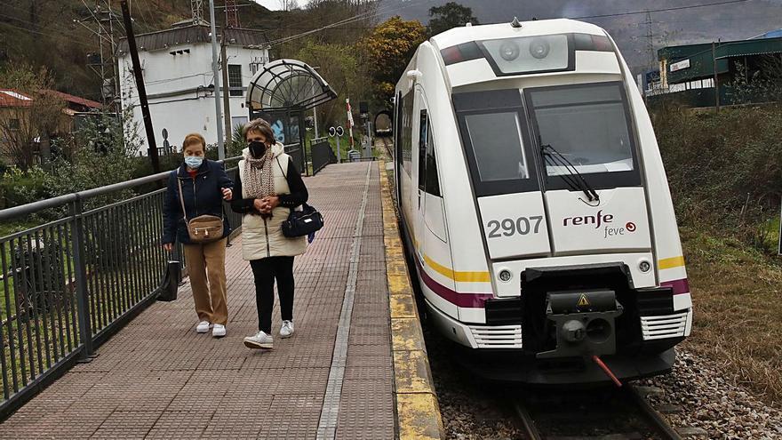 Renfe licita el contrato para revisar y reparar las averías de los trenes de la línea Baíña-Collanzo