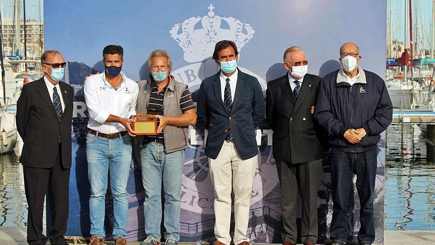 El Tanit IV vence en el Trofeo Presidente