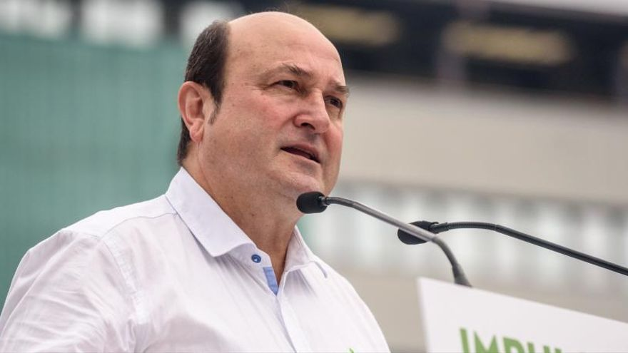 Ortuzar pide a Sánchez que cumpla con Euskadi