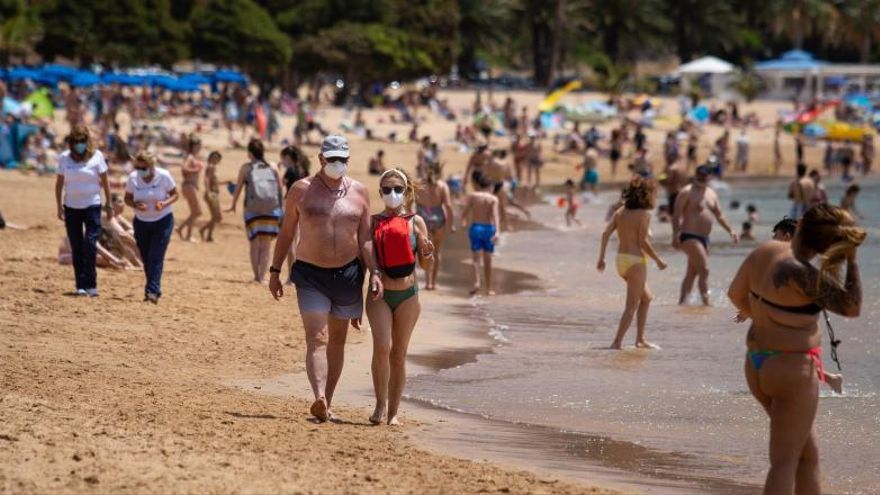 Bermúdez recomienda seguir llevando mascarilla en Santa Cruz