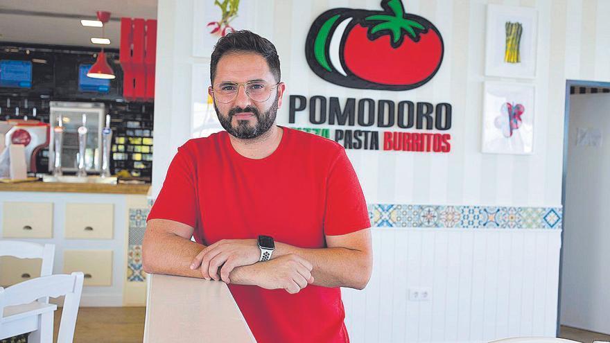 El expiloto Héctor Faubel extiende a Xàtiva sus negocios de restauración y abre un Pomodoro