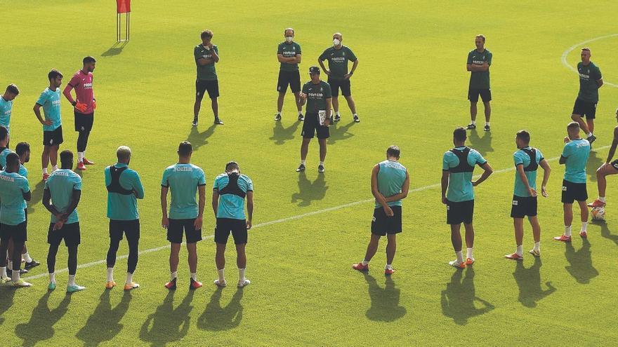Villarreal-Granada: Pasillo a los campeones