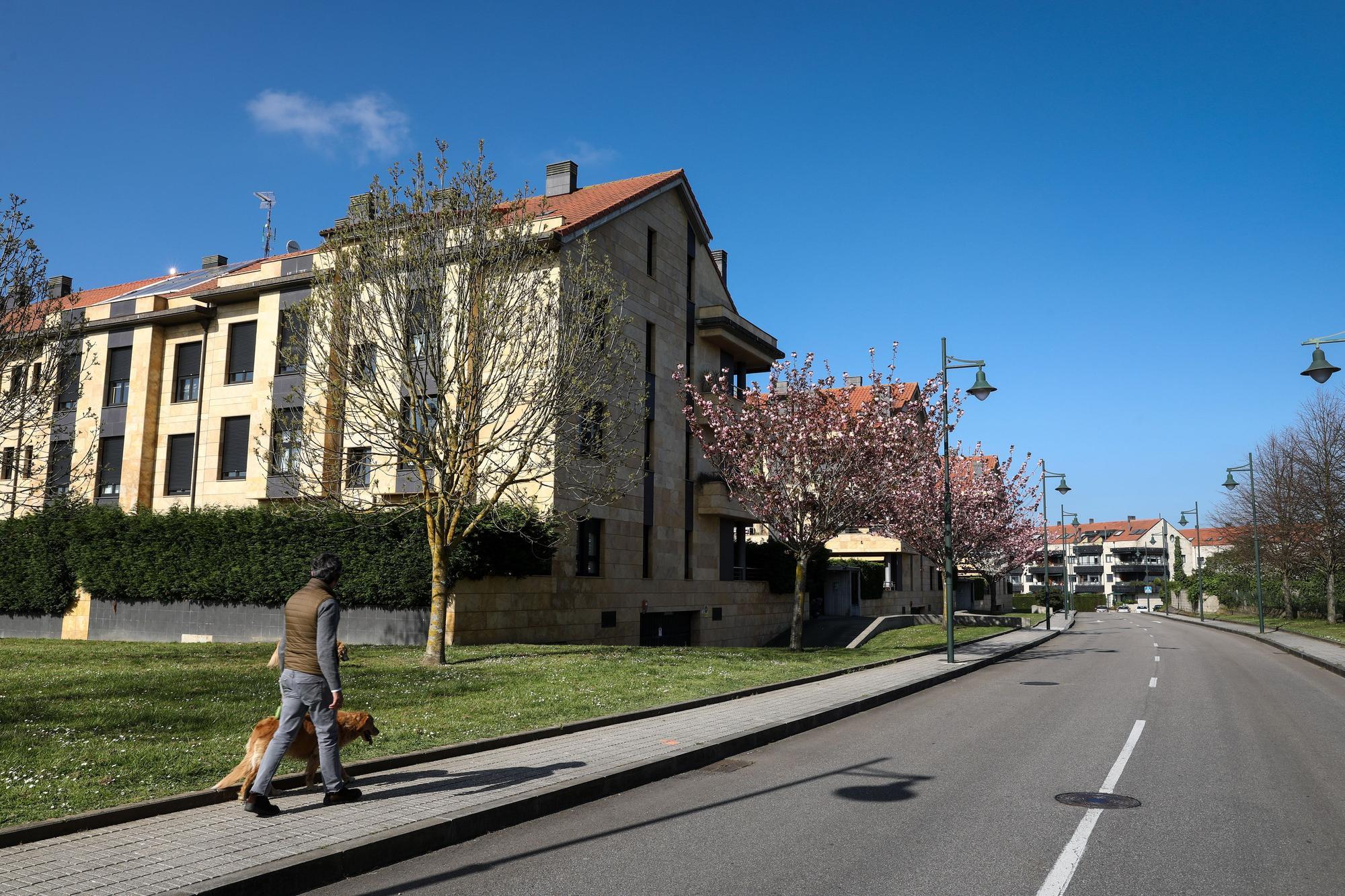 Los vecinos de Viesques que disfrutan de la zona más cara de Asturias