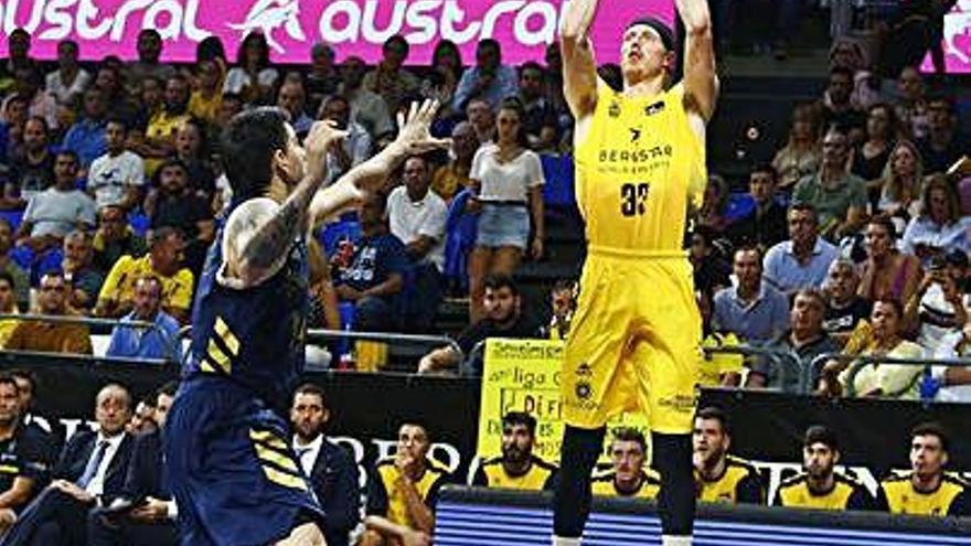 L'Iberostar arribarà amb l'absència de Singler, que sorprèn tothom i diu que deixa el bàsquet
