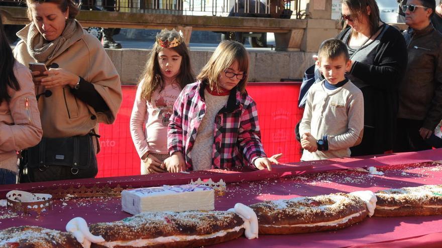 Tres mil raciones de roscón de Reyes gratis en Murcia
