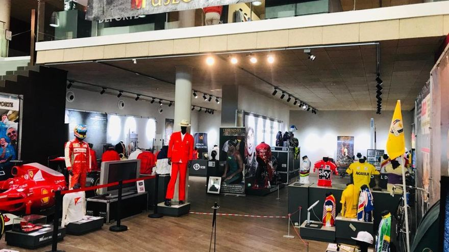 Las zapatillas de Usain Bolt y el coche de Alonso llegan a Murcia