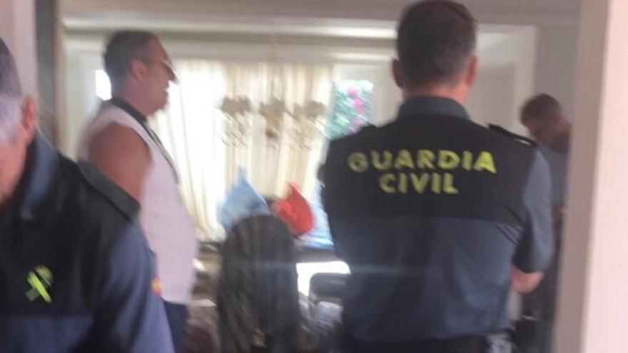 El asalto violento de la villa de Karpavicius abre otra disputa