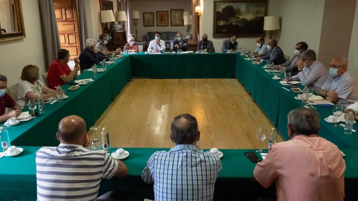 Francesc Boya reunido con agentes económicos y sociales de Zamora.