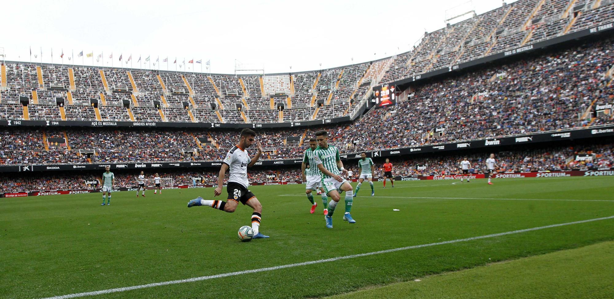 Mestalla. Un año huérfano de afición. El último partido con público del Valencia CF
