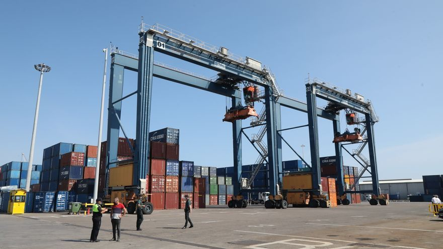Castellón lidera el crecimiento de las exportaciones de la Comunitat en el primer trimestre del año