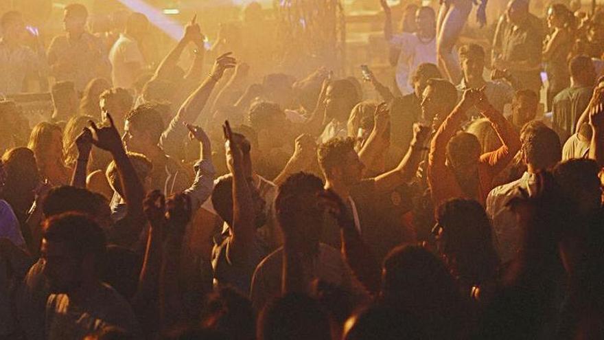 El Govern rehúsa fijar fechas para la apertura de las discotecas de Ibiza