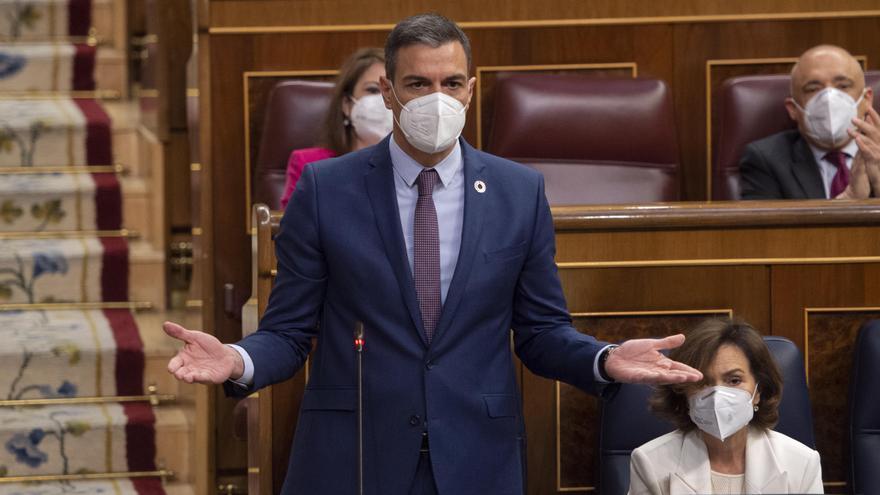 Tenso rifirrafe entre Sánchez y Casado a cuenta de la crisis con Marruecos