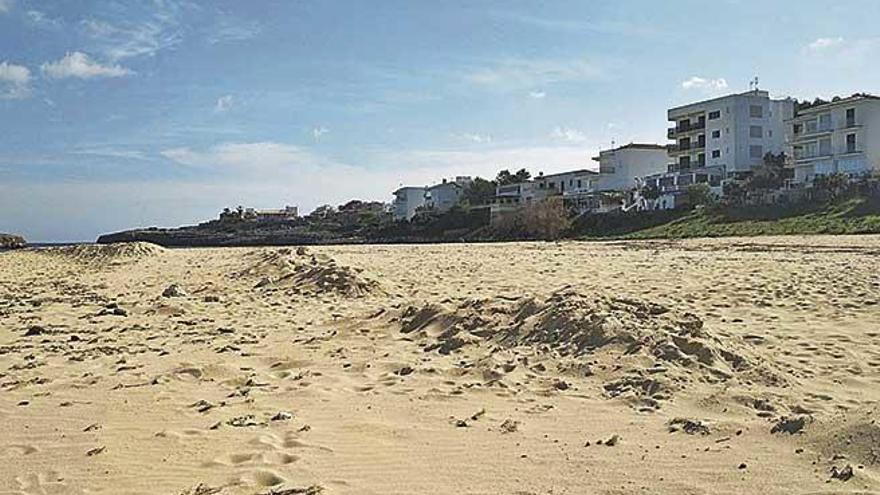 Felanitx prevé regenerar sus playas azotadas por la borrasca 'Gloria' con arena de canteras