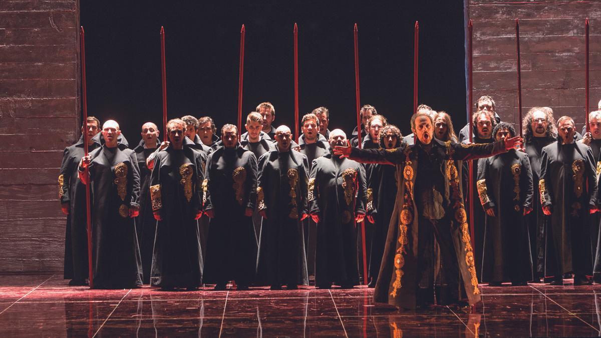 """La ópera """"Nabucco"""" en el Campoamor en 2015"""