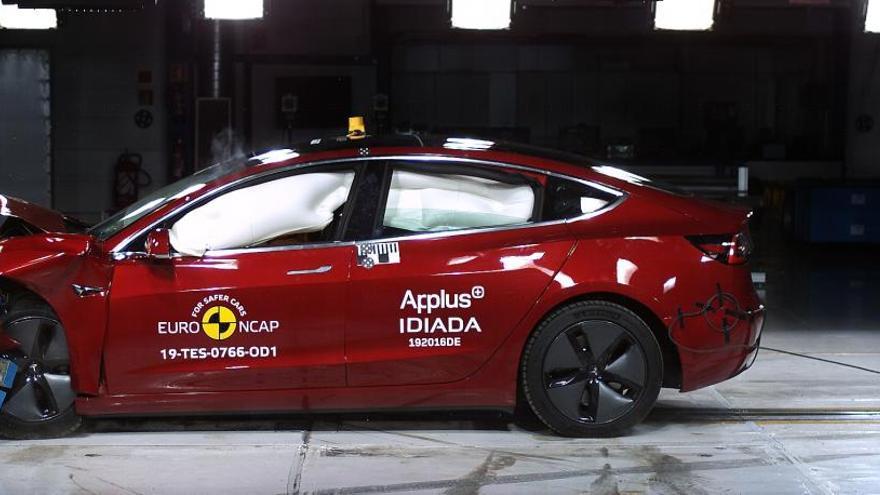 Modelos de Tesla, Skoda y Mercedes logran 5 estrellas en los test de choque Euro NCAP