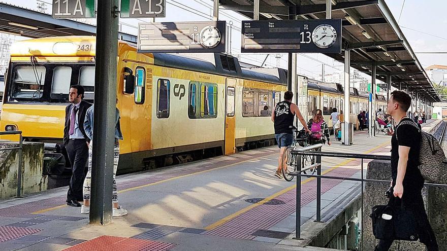 """Arriva urge """"una mejora de las infraestructuras"""" para abordar el tren A Coruña-Oporto"""