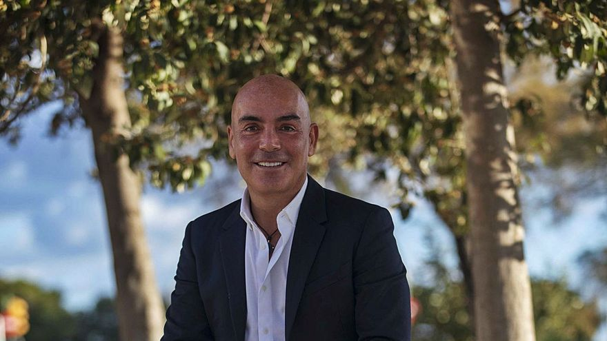 Kike Sarasola: «Me da mucha tristeza tener una ministra sin mando»