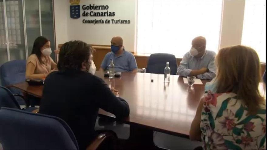 Canarias estudia con las autoridades portuarias el nuevo protocolo sanitario para el turismo de cruceros