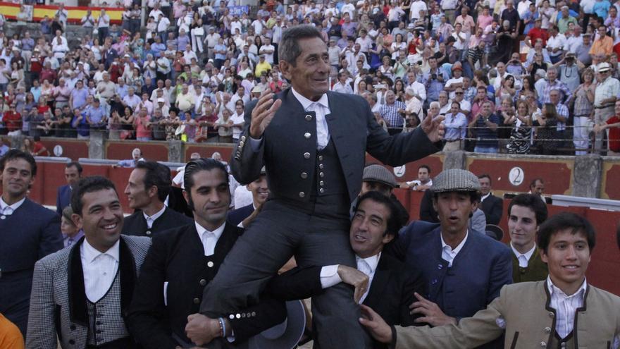 El Foro Taurino de Zamora pide el premio de tauromaquia para el maestro Andrés Vázquez