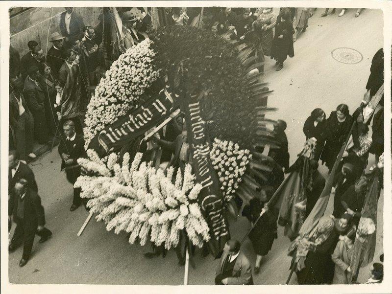 18 Corona de la Familia  Blasco.jpg