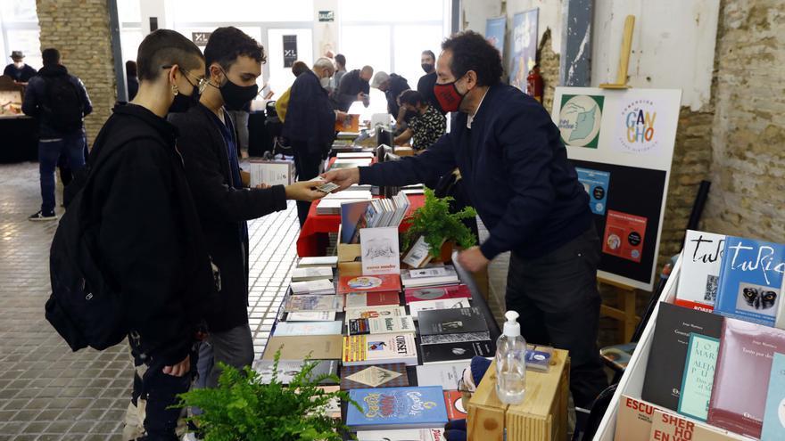 El Mercado del libro echa a andar en Zaragoza