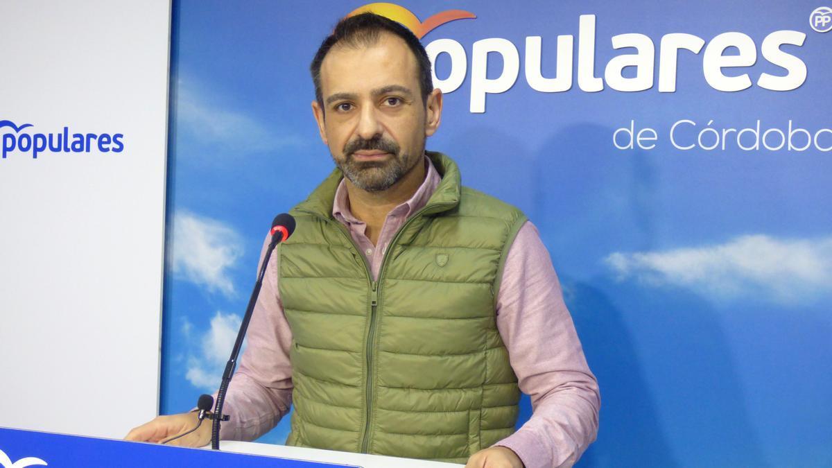El diputado provincial del PP y alcalde de Cañete de las Torres, Félix Romero.