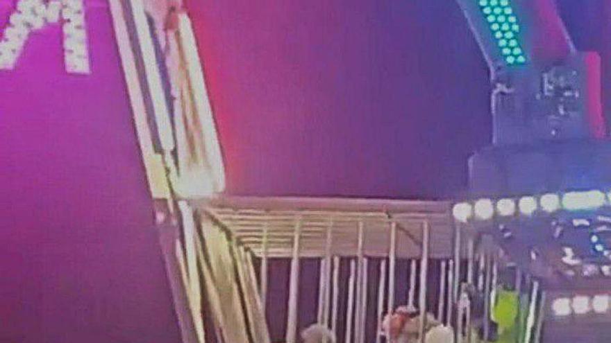 """La madre del niño herido en una atracción: """"Mi hijo no podrá andar en dos meses, pero si la placa de la feria le da en otro sitio lo mata"""""""
