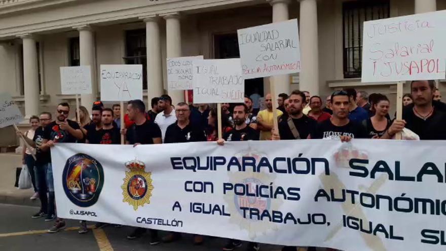 Protesta policial en Castellón para exigir la equiparación de sueldo al de los Mossos