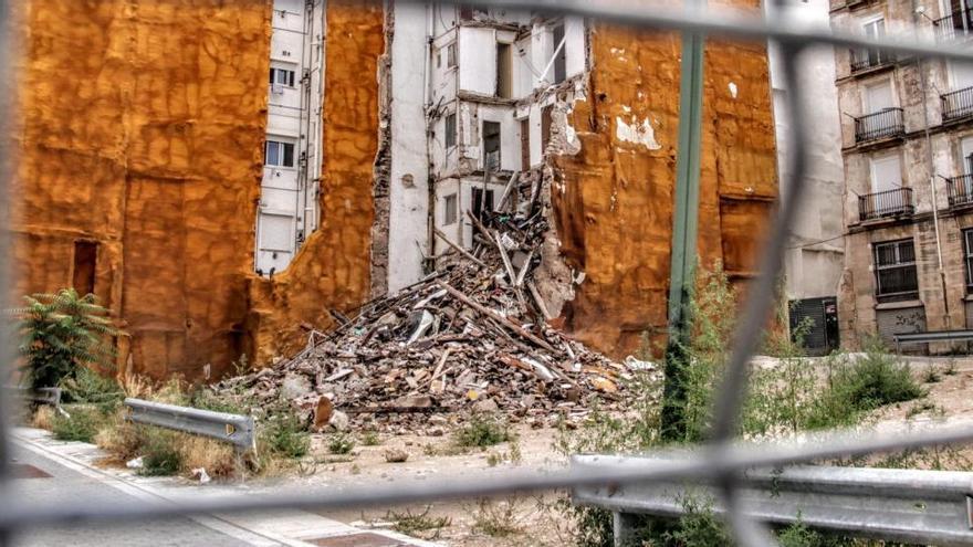 Guanyar Alcoi plantea un paquete de medidas contra la degradación urbanística del casco antiguo