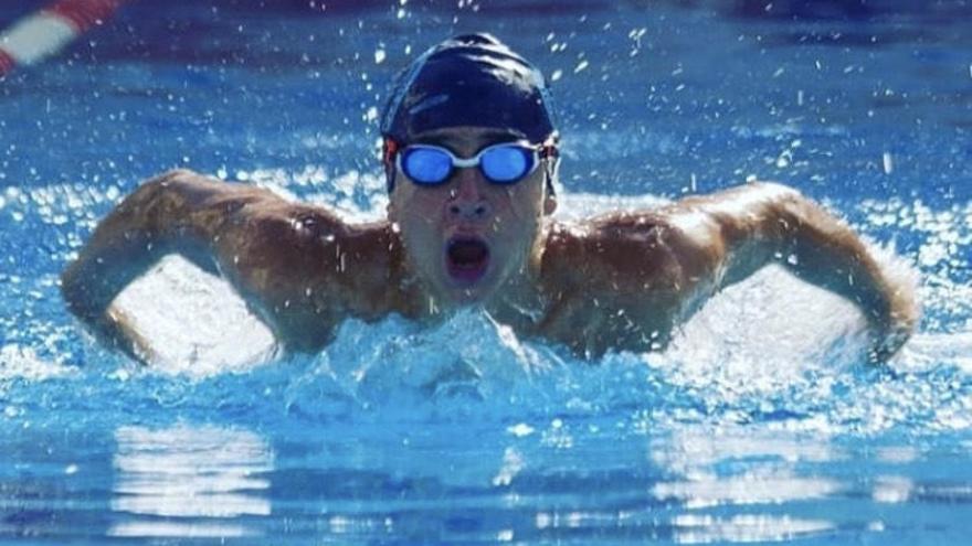 Nuevo éxito para el nadador Michel Mestanza en el Circuito Provincial JJNN