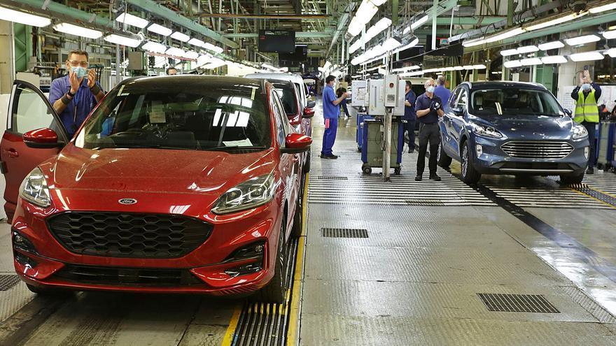 Más de 200.000 trabajadores irán al paro al caer el compromiso de empleo de los ERTE