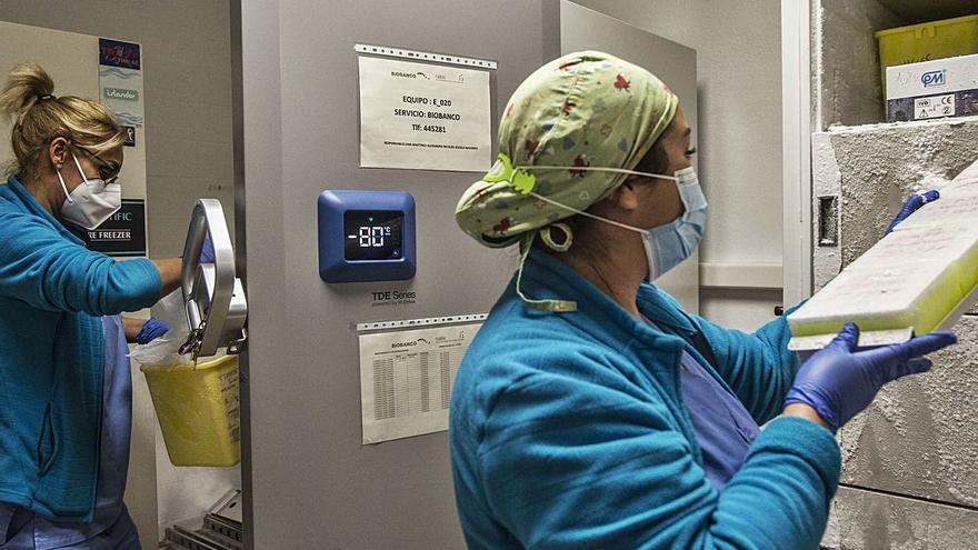 Las primeras vacunas de coronavirus llegarán este domingo a dos residencias de Alicante y San Vicente