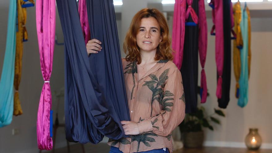 Yoga aéreo. Ana Rodríguez