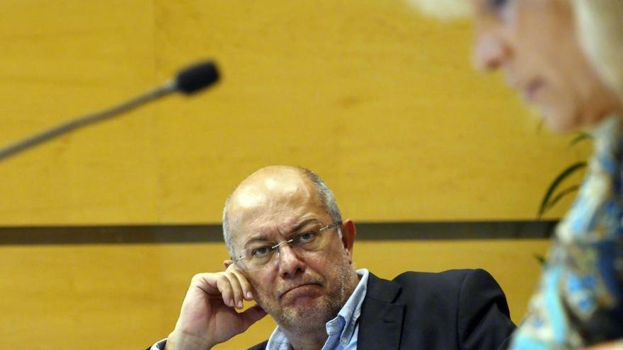 Igea pide al Gobierno acoger en Castilla y León migrantes irregulares para frenar la despoblación