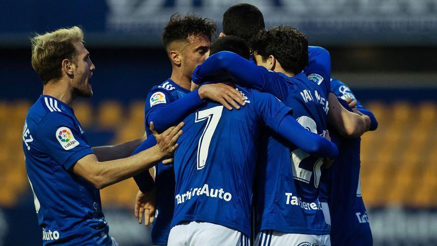 La crónica del Alcorcón-Oviedo: Leschuk evita un lío
