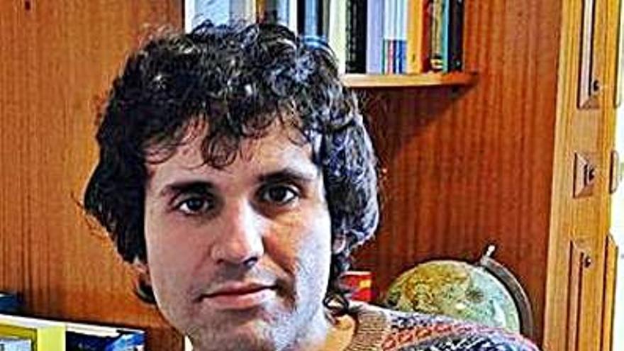 El ourensano Javier Rodríguez gana el Premio Miguel Hernández