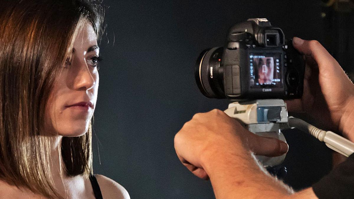 Un moment del rodatge del videoclip de la cançó «Sento els fils». | AIMCAT
