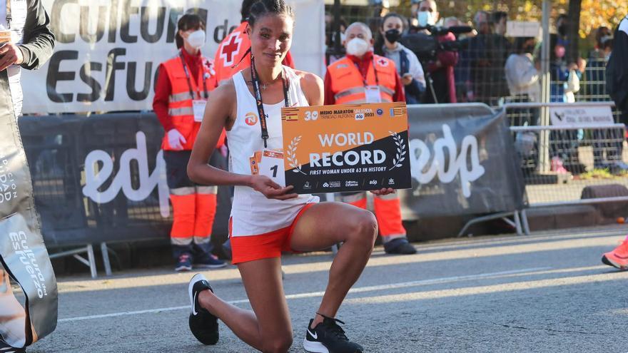 Letesenbet Gidey, récord del mundo de medio maratón en València
