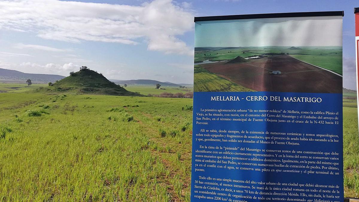 El lugar: Un cartel indica el área bajo la cual se encuentra la antigua ciudad romana de Mellaria.