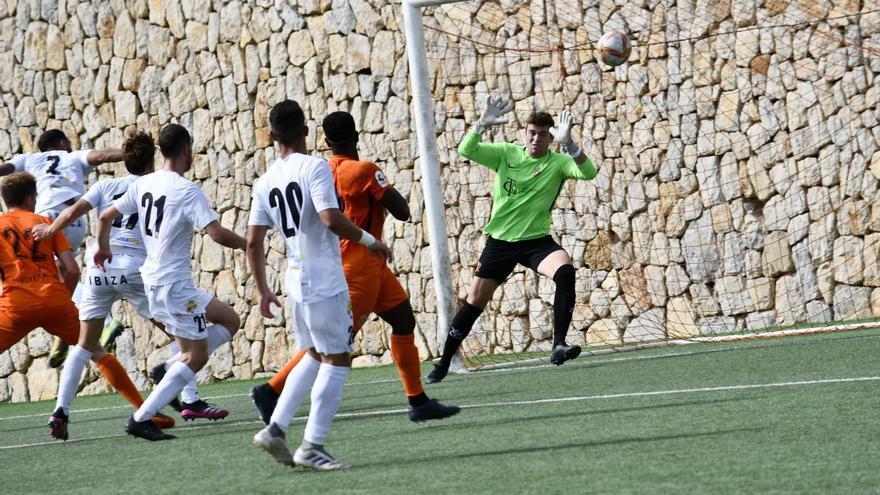 La Peña Deportiva le endosa una 'manita' al Platges de Calvià y gana la final de la Copa RFEF