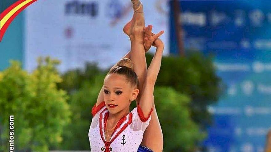 Blanca Rodríguez de l'Almara gana el nacional de rítmica